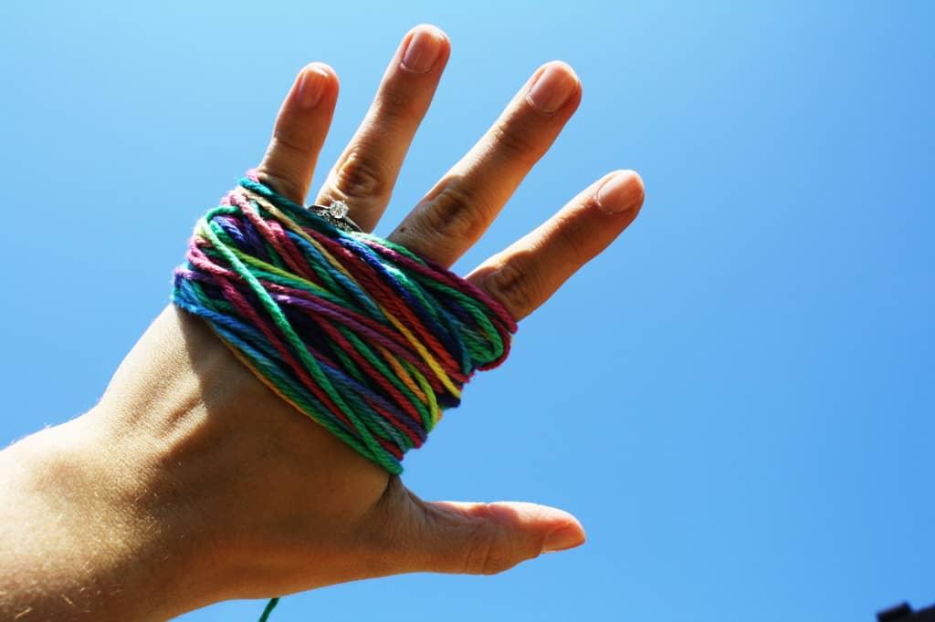 yarn hand
