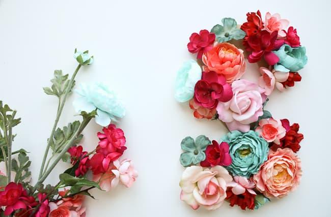 floral_letter_sign