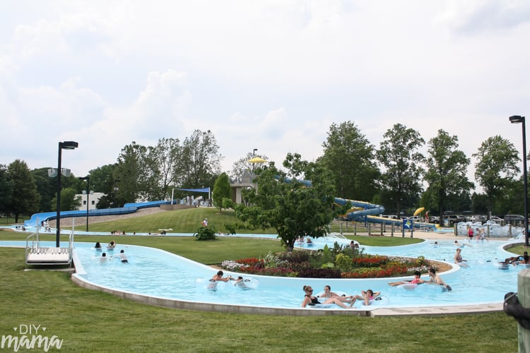 Tips for taking your toddler to the waterpark