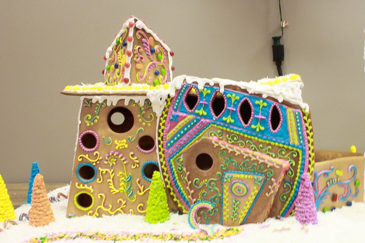 Conner_Prairie_Gingerbread_Houses_Detailed_Icing (1 of 1)