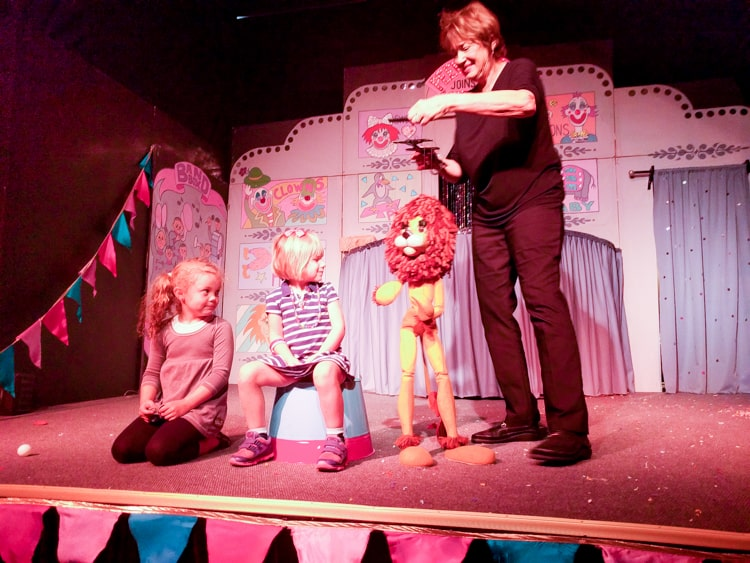 lion_stage_marionette-1-of-1
